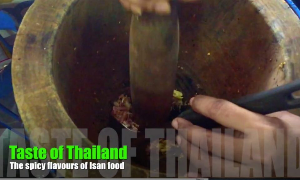 Making Somtum in Bangkok