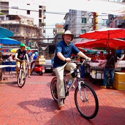 Chinatown-Siam-Aharn-combo-tour-Follow-Me-Bangkok-bicycle-tours