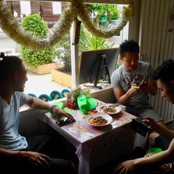 Local-Thai-Lunch-Siam-Chiva-Follow-Me-Bangkok-tours