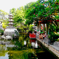 Relax-in-the-peaceful-temple-and-feed-the-turtles-Siam-Boran-Follow-Me