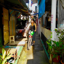 Wat-Chong-Lom-Community-Siam-Sawan-jungle-tour-follow-me-bangkok-tours