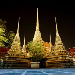 Wat-Pho-Siam-Ratree-Bangkok-Bicycle-night-tour-Follow-Me